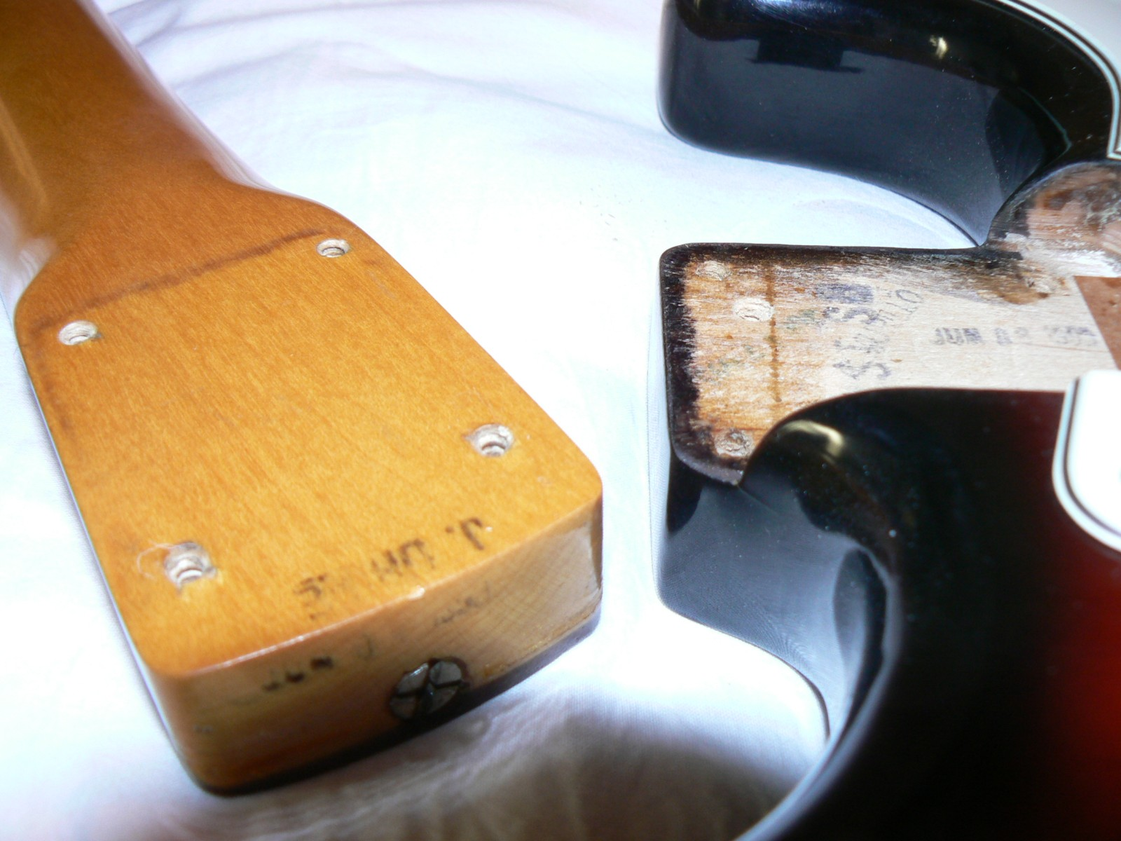 Fender® Forums • View topic - What's that strat ?
